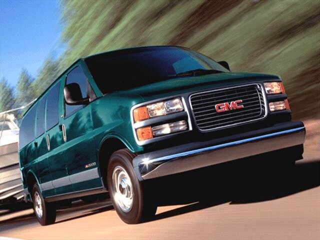 Top Consumer Rated Vans/Minivans of 2002 - 2002 GMC Savana 2500 Passenger