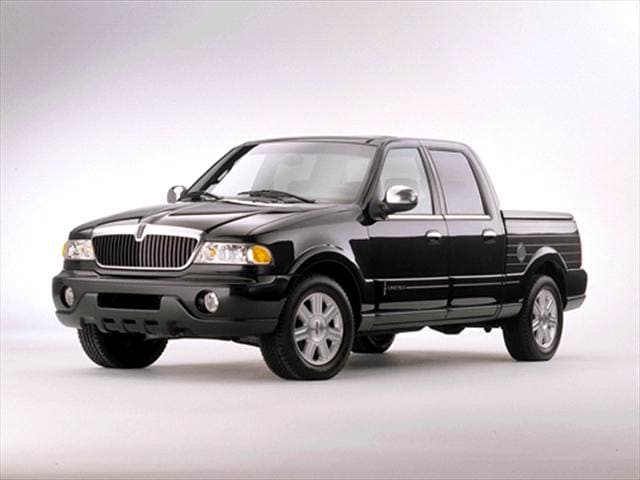 Top Consumer Rated Trucks of 2002 - 2002 Lincoln Blackwood