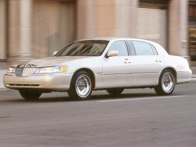 2002 Lincoln Town Car Cartier L Sedan 4d Used Car Prices Kelley