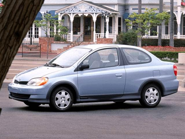 Most Fuel Efficient Coupes of 2002 - 2002 Toyota Echo