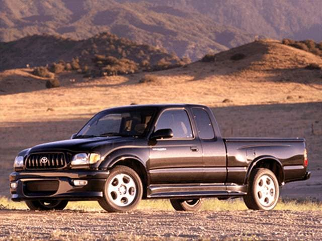 Most Fuel Efficient Trucks of 2002 - 2002 Toyota Tacoma Xtracab