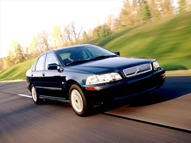 Most Fuel Efficient Luxury Vehicles of 2002 - 2002 Volvo S40