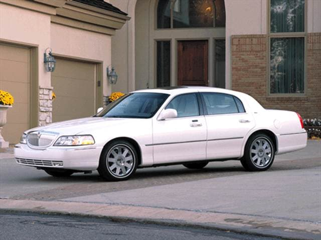 2003 Lincoln Town Car Cartier Sedan 4D Used Car Prices