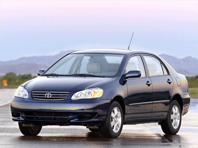 Most Fuel Efficient Sedans of 2003 - 2003 Toyota Corolla