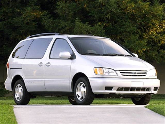 Most Fuel Efficient Vans/Minivans of 2003 - 2003 Toyota Sienna