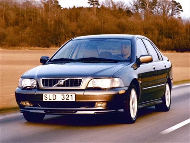 Most Fuel Efficient Luxury Vehicles of 2003 - 2003 Volvo S40