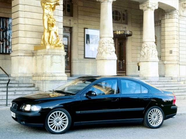 Most Fuel Efficient Luxury Vehicles of 2003 - 2003 Volvo S60