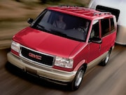 2004-GMC-Safari Passenger