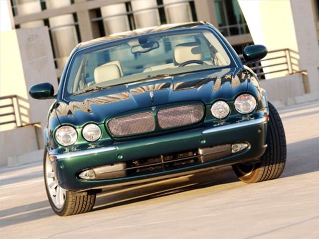 Highest Horsepower Luxury Vehicles of 2004 - 2004 Jaguar XJ