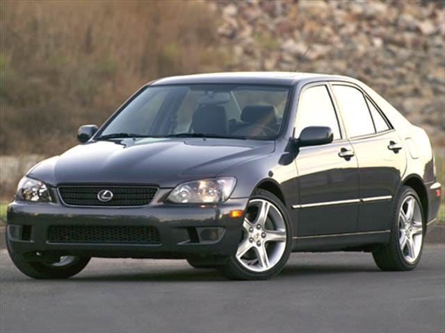 Top Consumer Rated Sedans of 2005 - 2005 Lexus IS
