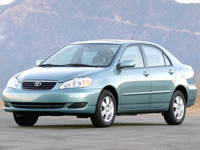 Most Fuel Efficient Sedans of 2005 - 2005 Toyota Corolla