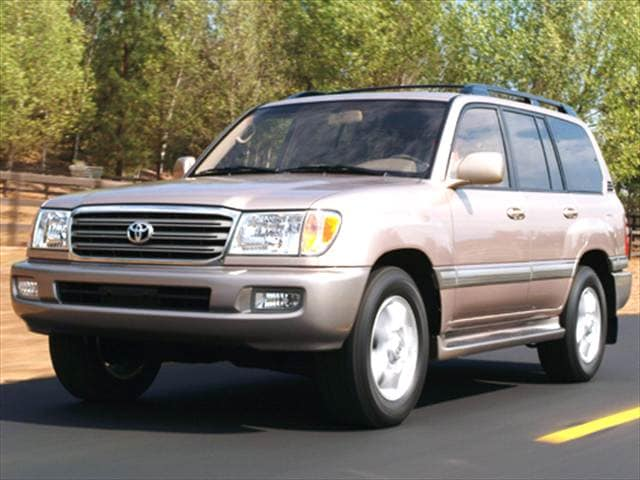 Top Consumer Rated Luxury Vehicles of 2005 - 2005 Toyota Land Cruiser
