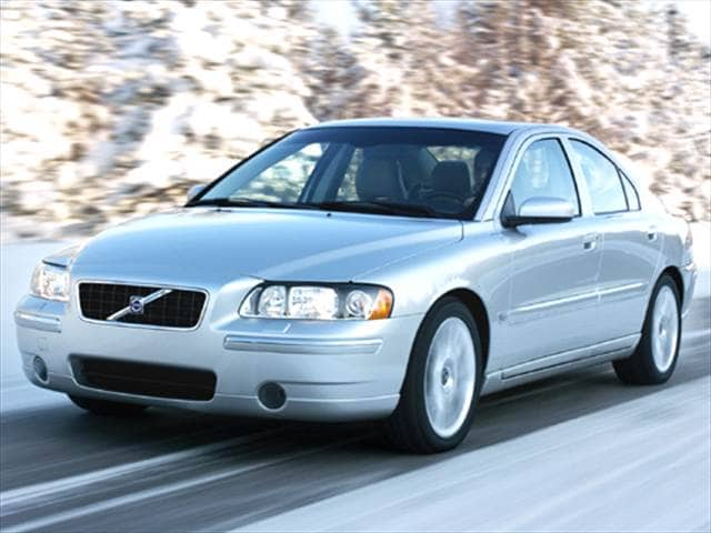 Most Fuel Efficient Luxury Vehicles of 2005 - 2005 Volvo S60