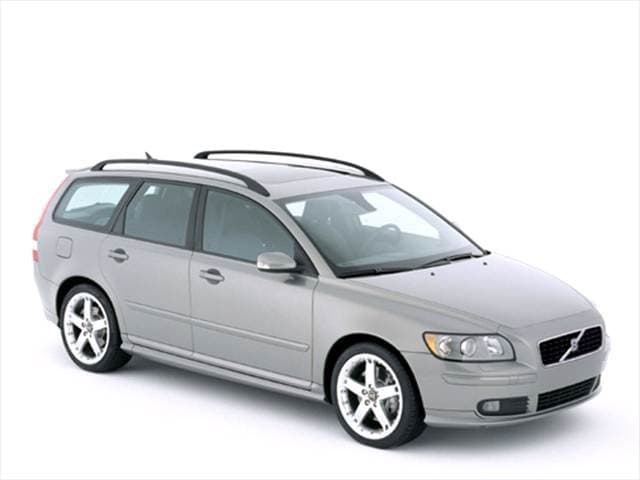 Most Fuel Efficient Luxury Vehicles of 2005 - 2005 Volvo V50