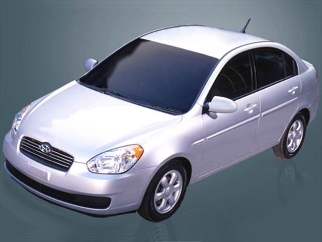 Most Fuel Efficient Sedans of 2006 - 2006 Hyundai Accent