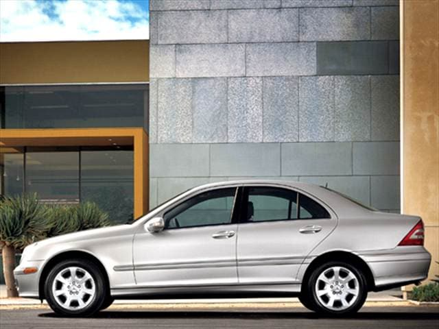 Most Popular Luxury Vehicles of 2006 - 2006 Mercedes-Benz C-Class