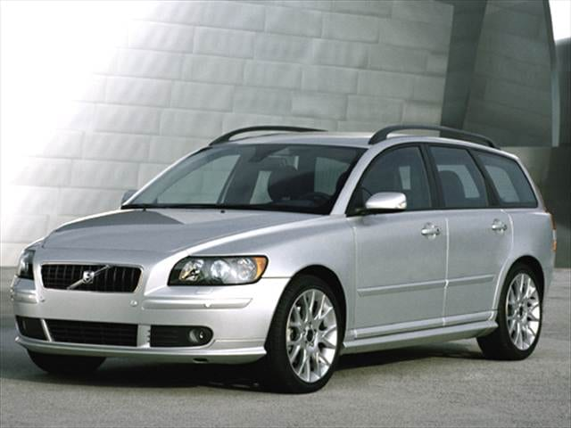 Most Fuel Efficient Luxury Vehicles of 2006 - 2006 Volvo V50