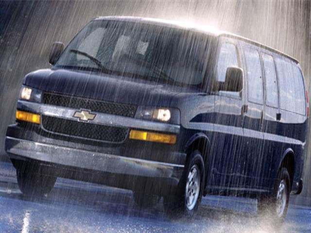Highest Horsepower Vans/Minivans of 2007 - 2007 Chevrolet Express 2500 Passenger