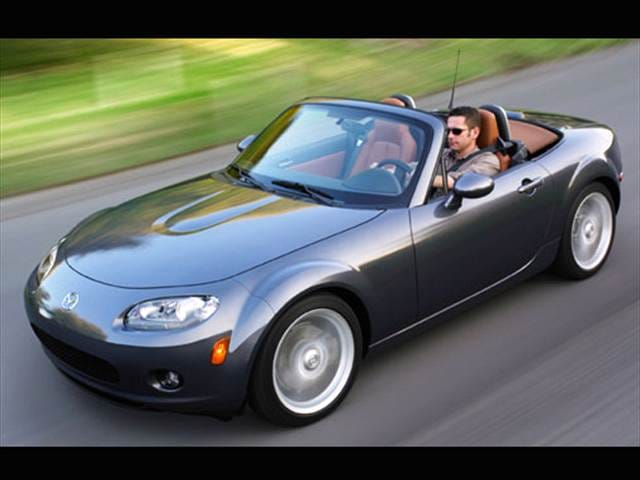 Most Fuel Efficient Convertibles of 2007 - 2007 Mazda MX-5 Miata