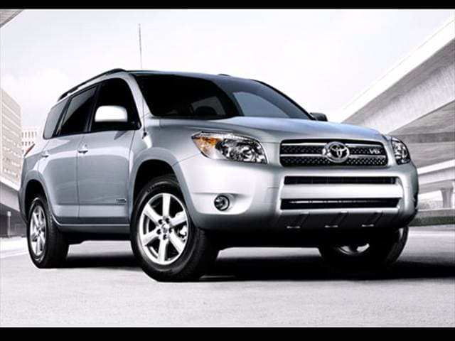 Most Popular Crossovers of 2007 - 2007 Toyota RAV4