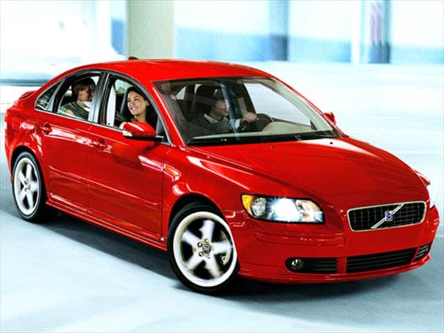 Most Fuel Efficient Luxury Vehicles of 2007 - 2007 Volvo S40