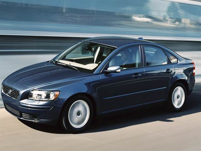 Most Fuel Efficient Luxury Vehicles of 2008 - 2008 Volvo S40