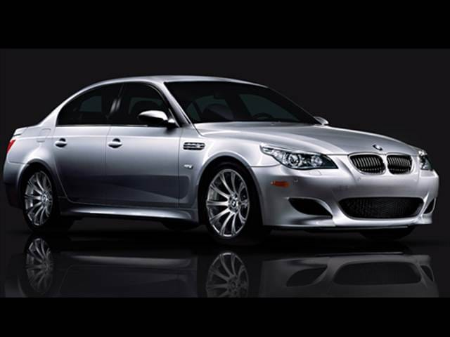 Top Consumer Rated Sedans of 2010 - 2010 BMW M5