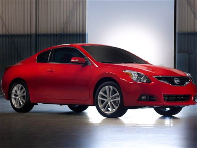 nissan altima coupe 2010 2.5s