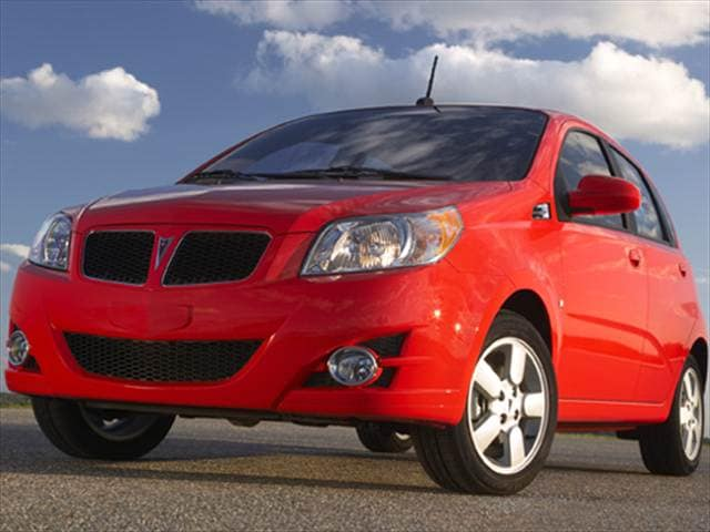 Most Fuel Efficient Hatchbacks of 2010 - 2010 Pontiac G3