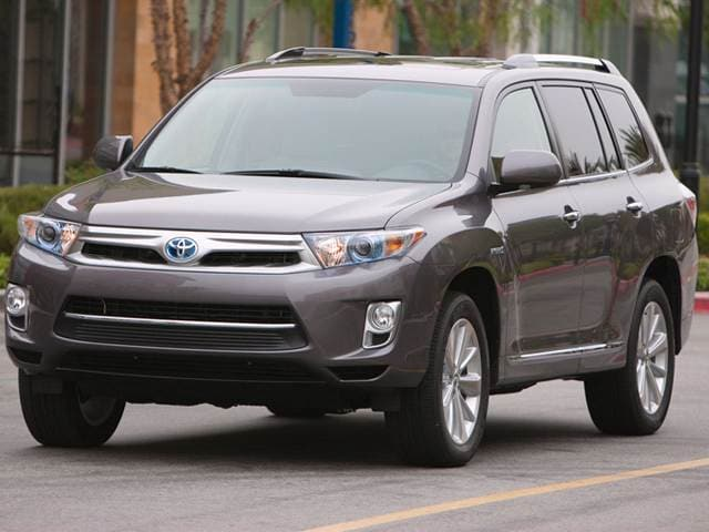 Most Fuel Efficient Crossovers of 2012 - 2012 Toyota Highlander