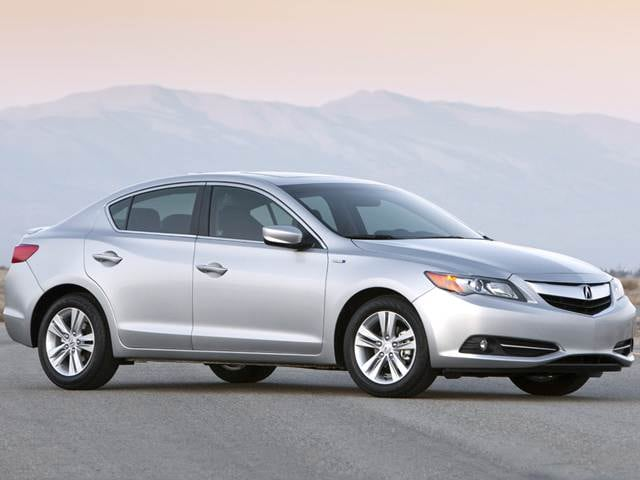 Most Fuel Efficient Luxury Vehicles of 2013 - 2013 Acura ILX