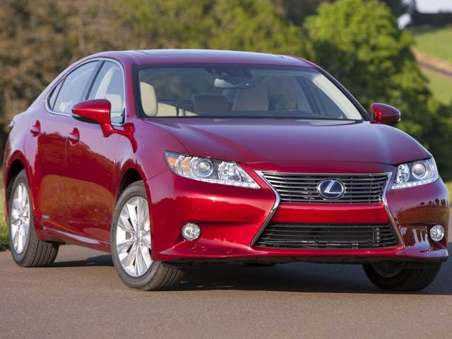 Most Fuel Efficient Luxury Vehicles of 2013 - 2013 Lexus ES