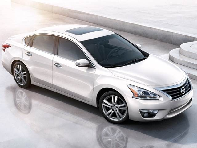 Top Expert Rated Sedans of 2013 - 2013 Nissan Altima