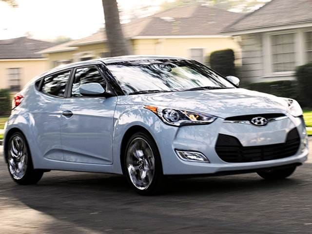2017 Hyundai Veloster Re Flex Coupe Used Car Prices Kelley Blue Book