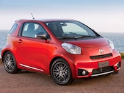 2015-Scion-iQ