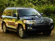 2016-Toyota-Land Cruiser