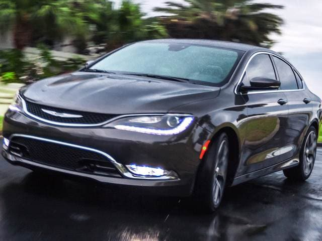 2014 Ford Fusion For Sale >> Used 2017 Chrysler 200 Touring Sedan 4D Pricing   Kelley ...
