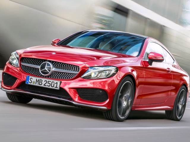 Best safety rated luxury vehicles of 2017 kelley blue book for 2017 mercedes benz s class luxury cars