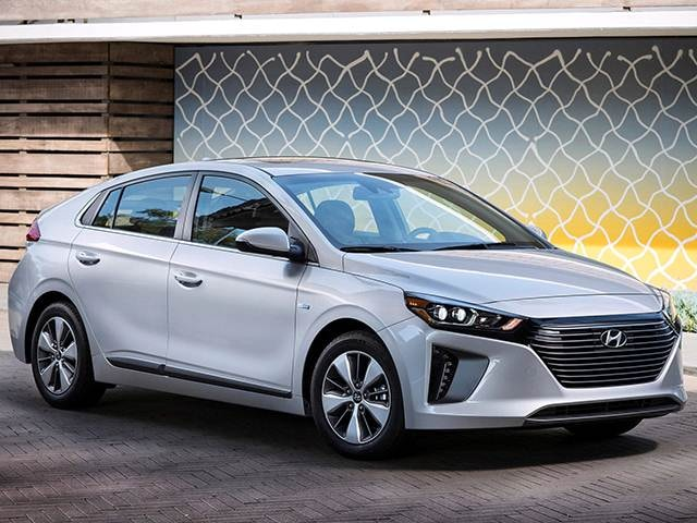 Top Consumer Rated Electric Cars of 2018 - 2018 Hyundai Ioniq Plug-in Hybrid